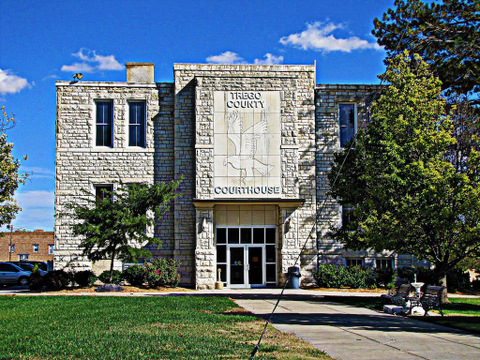 trego-courthouse_jim-saw-that_flickr